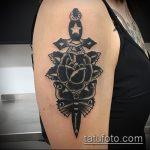 Прикольный вариант готовой тату кинжал и роза – рисунок подойдет для тату кинжал и роза и череп