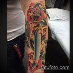 Уникальный пример готовой татуировки кинжал и роза – рисунок подойдет для тату кинжал и роза алая