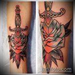 Зачетный пример готовой тату кинжал и роза – рисунок подойдет для тату кинжал и роза белая