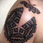 Оригинальный пример готовой тату круг – рисунок подойдет для тату круг на груди