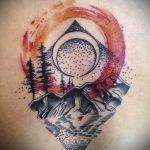 Уникальный пример существующей наколки круг – рисунок подойдет для тату в форме круга