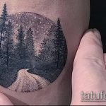 Интересный пример нанесенной наколки круг – рисунок подойдет для тату круге плече