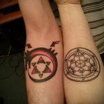Крутой пример готовой татуировки круг – рисунок подойдет для тату кельтский круг