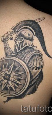 Идея интересной тату щит и меч для материала про значение тату щит с мечем