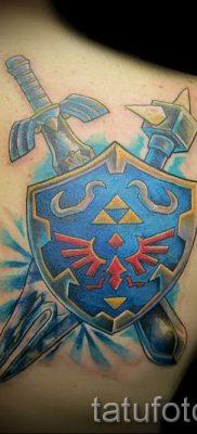 Идея крутой наколки щит и меч для публикации про историю тату щит с мечем