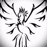 Интересный эскиз татуировки феникс – стильный рисунок для использования как эскиз для тату с огненной птицей