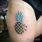 Оригинальный вариант нанесенной тату ананас – рисунок подойдет для тату ананас акварель