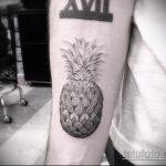 Уникальный вариант существующей татуировки ананас – рисунок подойдет для тату ананаса на ноге