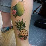 Уникальный пример выполненной наколки ананас – рисунок подойдет для тату ананас на пальце