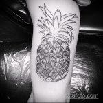 Зачетный пример выполненной наколки ананас – рисунок подойдет для тату ананас акварель