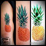 Оригинальный вариант существующей наколки ананас – рисунок подойдет для тату ананас на запястье