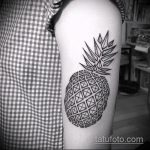 Крутой вариант готовой тату ананас – рисунок подойдет для тату ананаса на ноге