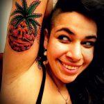 Оригинальный вариант существующей татуировки ананас – рисунок подойдет для тату ананаса на ноге