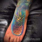 Интересный пример готовой тату ананас – рисунок подойдет для тату ананас на запястье