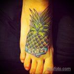 Прикольный пример нанесенной наколки ананас – рисунок подойдет для тату ананас tiny love