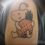 Прикольный вариант существующей татуировки ананас – рисунок подойдет для tattoo ananas