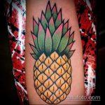 Крутой пример готовой наколки ананас – рисунок подойдет для тату ананас tiny love