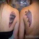 Уникальный вариант нанесенной татуировки ангел и демон – рисунок подойдет для тату ангел и демон на руке