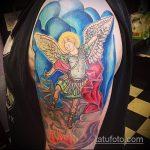 Уникальный вариант готовой татуировки Архангел Михаил – рисунок подойдет для тату архангела михаила на плече