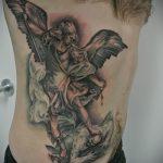 Прикольный вариант готовой наколки Архангел Михаил – рисунок подойдет для тату архангел михаил для девушки