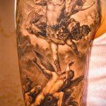 Классный пример нанесенной тату Архангел Михаил – рисунок подойдет для тату архангел михаил для девушки