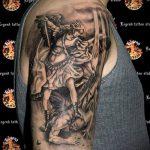 Прикольный пример выполненной татуировки Архангел Михаил – рисунок подойдет для тату архангел михаил на руке
