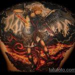 Оригинальный вариант нанесенной тату Архангел Михаил – рисунок подойдет для тату архангел михаил на лопатке