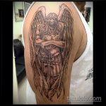 Крутой пример выполненной наколки Архангел Михаил – рисунок подойдет для тату архангел михаил на спине