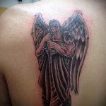 Классный вариант существующей тату Архангел Михаил – рисунок подойдет для тату архангел михаил для девушки