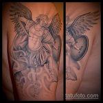 Классный пример существующей татуировки Архангел Михаил – рисунок подойдет для тату архангел михаил на плече