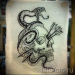 Прикольный вариант татуировки эскиз змеи – можно использовать для тату змея с розой