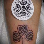 Классный вариант татуировки эскизы клевер – можно использовать для маленькие тату клевер