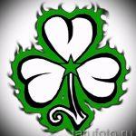 Интересный вариант татуировки эскизы клевер – можно использовать для тату листок клевера