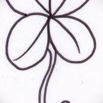 Достойный вариант татуировки эскизы клевер – можно использовать для тату ласточка с клевером
