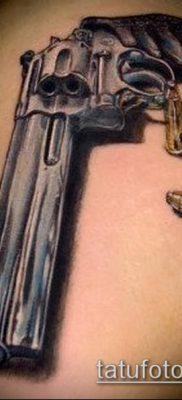 Фото тату револьвер (значение) – пример интересного рисунка тату – 009 tatufoto.com