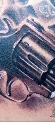 Фото тату револьвер (значение) – пример интересного рисунка тату – 043 tatufoto.com