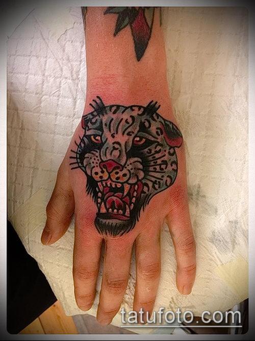 фото тату барс №667 - интересный вариант рисунка, который удачно можно использовать для преобразования и нанесения как татуировка барс на спине