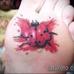 фото тату божья коровка №957 - эксклюзивный вариант рисунка, который легко можно использовать для преобразования и нанесения как тату божья коровка черно белая