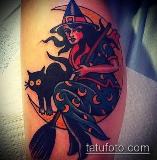 фото тату ведьма №422 - интересный вариант рисунка, который хорошо можно использовать для переделки и нанесения как тату ведьма руны