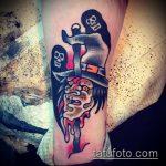 фото тату ведьма №70 - достойный вариант рисунка, который удачно можно использовать для переработки и нанесения как тату ведьма на метле лицом вперед