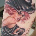 фото тату ведьма №721 - достойный вариант рисунка, который хорошо можно использовать для доработки и нанесения как татуировка ведьма на метле