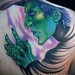 фото тату ведьма №775 - уникальный вариант рисунка, который успешно можно использовать для переработки и нанесения как тату ведьма на метле