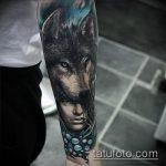 фото тату волчица №377 - интересный вариант рисунка, который хорошо можно использовать для переработки и нанесения как тату волчица на девушке
