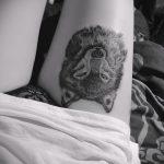 фото тату волчица №84 - интересный вариант рисунка, который удачно можно использовать для преобразования и нанесения как тату волчица и роза