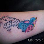 фото тату воробей №767 - достойный вариант рисунка, который успешно можно использовать для преобразования и нанесения как тату воробей в кепке