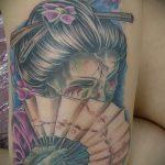 фото тату гейша №786 - классный вариант рисунка, который легко можно использовать для доработки и нанесения как тату гейша рукав