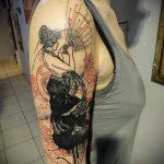 фото тату гейша №385 - интересный вариант рисунка, который удачно можно использовать для переработки и нанесения как тату гейша убийца