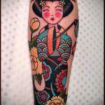 фото тату гейша №867 - интересный вариант рисунка, который легко можно использовать для переделки и нанесения как тату гейша с катаной