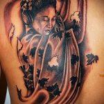 фото тату гейша №505 - достойный вариант рисунка, который удачно можно использовать для переделки и нанесения как тату гейша и сакура