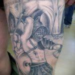 фото тату гладиатор №120 - интересный вариант рисунка, который хорошо можно использовать для преобразования и нанесения как тату гладиатор с крыльями